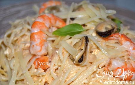 Рецепт Спагетти с креветками в сырно-томатном соусе