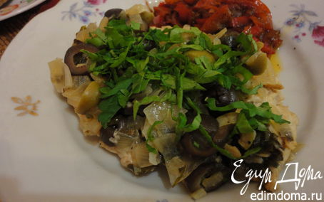 Рецепт Грудка индейки с зелеными и черными оливками