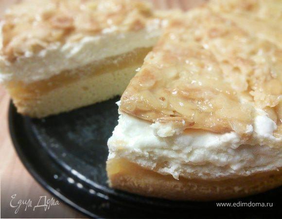 Яблочный торт с миндальным крокантом