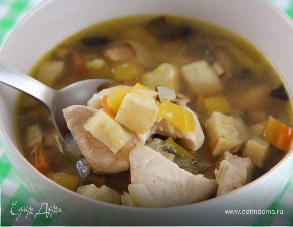 Куриный суп с запеченными овощами и розмарином