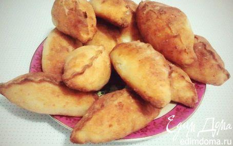 Рецепт Булочки с творожно-изюмно-вишневой начинкой