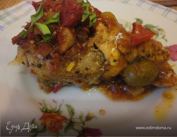 Курица в томатно-винном соусе