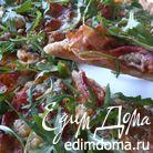 Пицца из ржаной муки с тыквенным соусом и хамоном