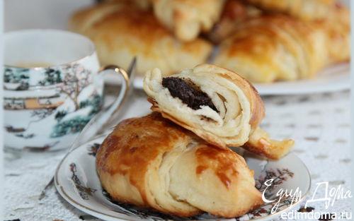 Рецепт Круассаны с шоколадом (романтический завтрак)