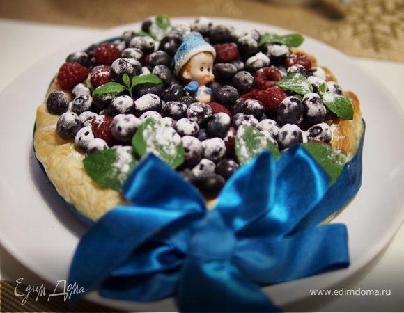 """Нежный пирог """"Ягодный сюрприз"""""""