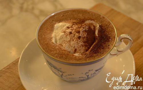 Рецепт Горячий шоколад со взбитыми сливками