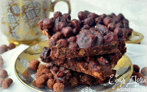 Рецепт Хрустящее шоколадное печенье без выпечки