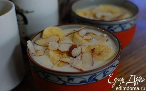 Рецепт Йогуртовый десерт с бананами и миндалем
