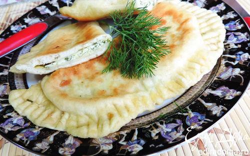 """Рецепт – Лепешки на простокваше """"Весенние"""" с творогом и зеленью"""