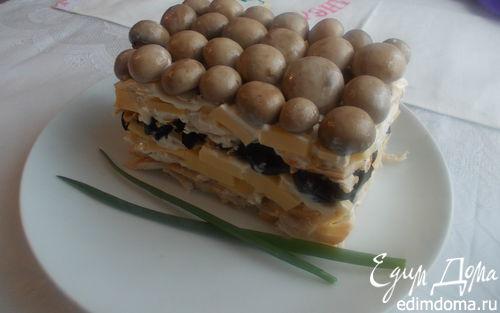 Рецепт Салат с сыром и маринованными шампиньонами
