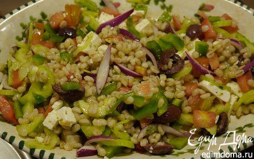 Рецепт Греческий салат с перловкой