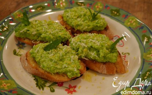 Рецепт Кростини с зеленым горошком и мятой