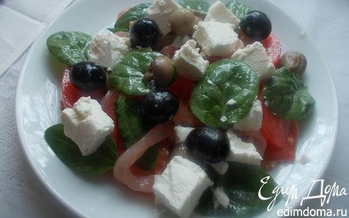 Рецепт Салат со шпинатом, балыком и шампиньонами
