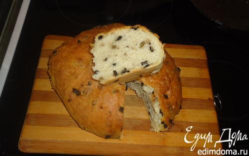 Рецепт Домашний хлеб с оливками и чесноком