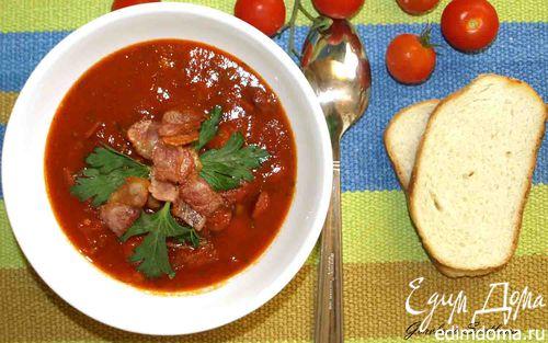 Рецепт Томатный суп с охотничьими колбасками и беконом