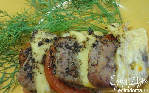 Рецепт Свинина с помидорами и сыром