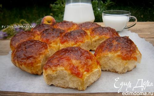 Рецепт Булочки на фруктовом соке с персиковой глазурью