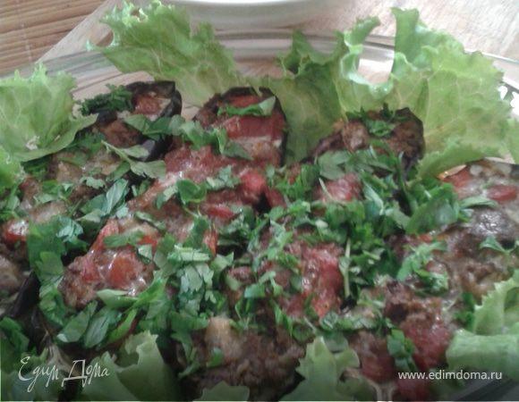 Баклажаны, фаршированные куриной печенью и помидорами