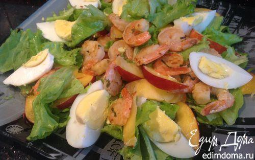 Рецепт Салат с креветками и нектаринами
