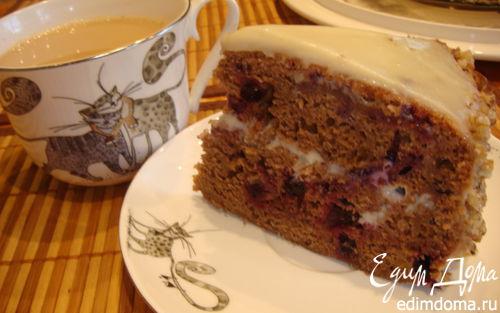 Рецепт Пирог шоколадный с черной смородиной на основе кабачка