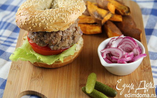 Рецепт Гамбургер из говядины с чипсами из сладкого картофеля