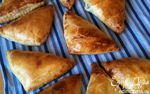 Рецепт Слоеные конвертики с сырной начинкой