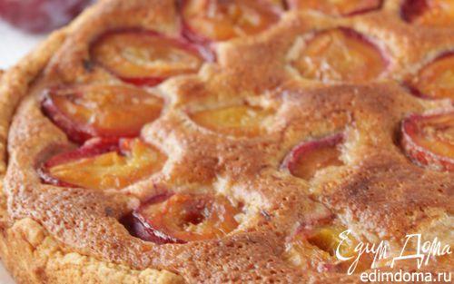 Рецепт Пирог со сливами и миндальным кремом