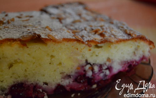 Рецепт Заливной пирог с вишней