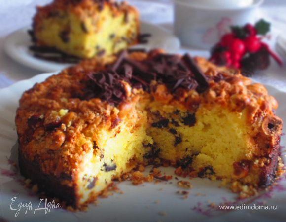 Творожный пирог с черносливом и карамелизированным фундуком