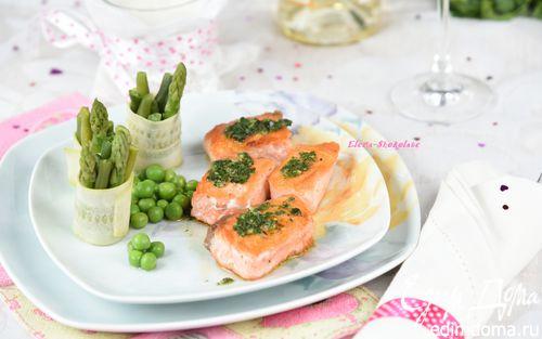 Рецепт Семга с соусом эскарго и овощными роллами