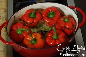 Перец, фаршированный мясом и красным рисом