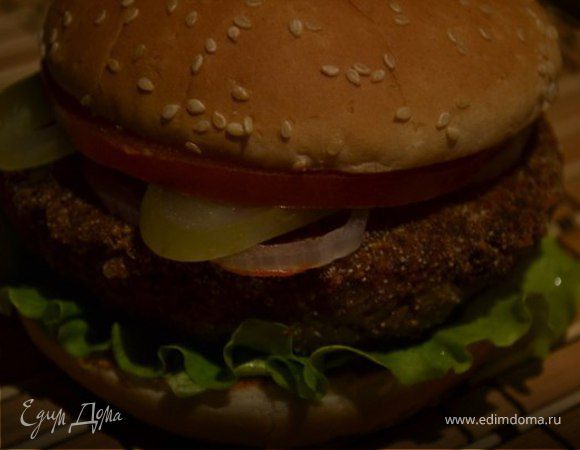 Бургер с гречневой котлетой