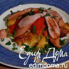 Картофельные оладьи и запеченный перец с сосисками