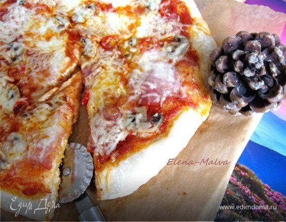 Пицца с острой колбасой и перцем
