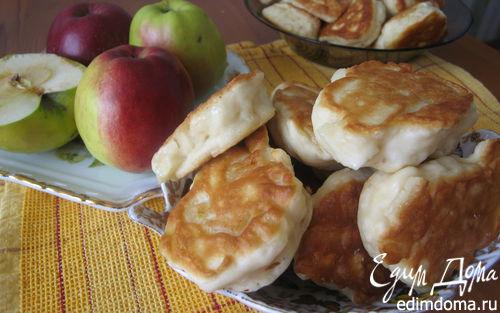 Рецепт Бабушкины оладьи с мясом и яблоками