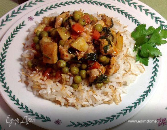 Курица с зеленым горошком и овощами (Tavuklu bezelye)
