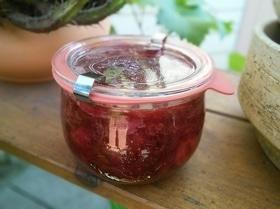 Мармелад из ревеня и клубники с мятой