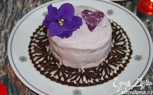 Рецепт Ванильное мороженое с чернично-фиалковым ароматом на шоколадном блюдце
