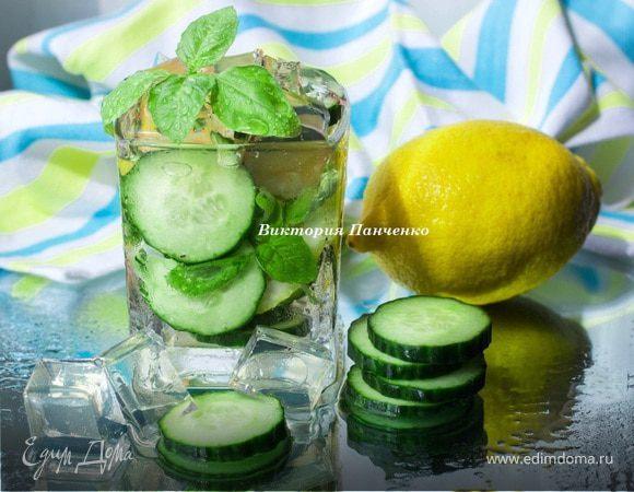 Лимонно-огуречный лимонад с базиликом