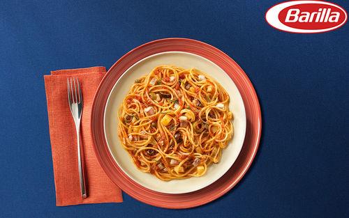 Рецепт Спагетти с соусом путтанеска и рыбой