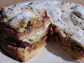 Пирог с малиной и инжиром