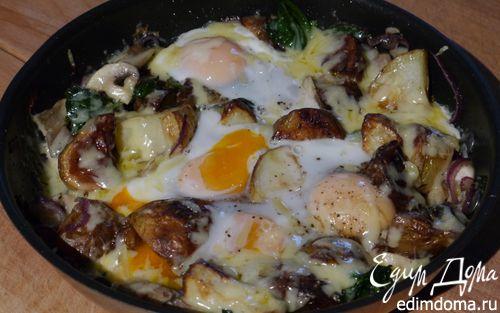 Рецепт Яйца, запеченные с картофелем, грибами и шпинатом