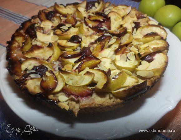 Осенний яблочно- сливовый пирог