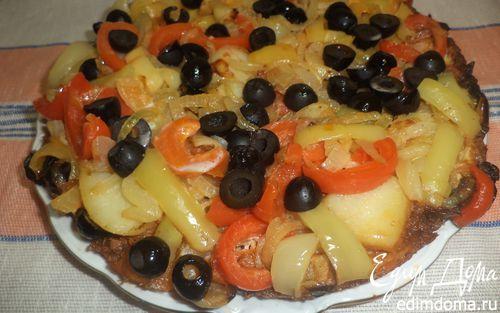 Рецепт Омлет с фаршем, картофелем, болгарским перцем и маслинами
