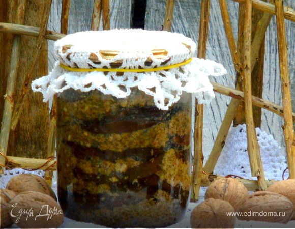 Ореховые баклажаны