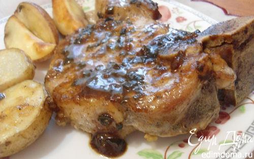 Рецепт Свиной антрекот, запеченный с картофелем