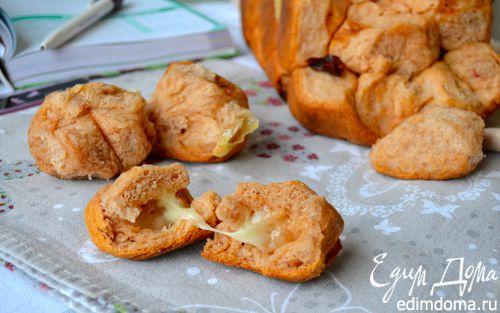 Рецепт Разборный томатный хлеб с начинкой в хлебопечке