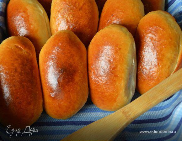 Пирожки по-сибирски с солеными груздями