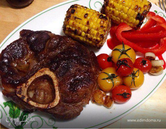 Говяжий стейк с гарниром из овощей