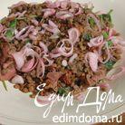 Теплый салат из чечевицы с ветчиной и вялеными помидорами